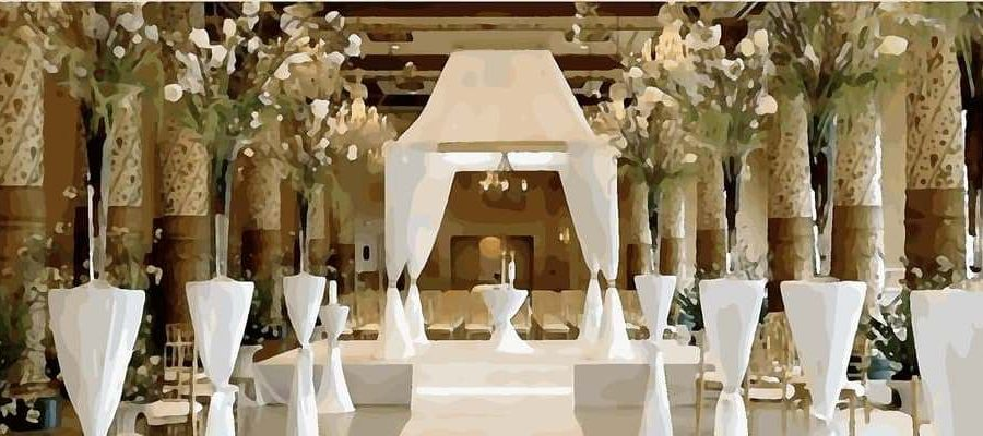 Lovely church altar wedding decoration church pews church altarwedding decoration junglespirit